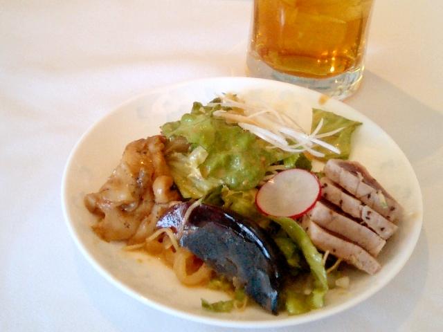 前菜 三崎マグロ