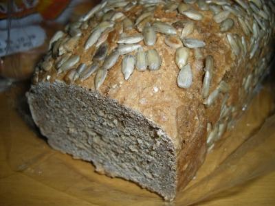 むぎや の「ライ麦パン」