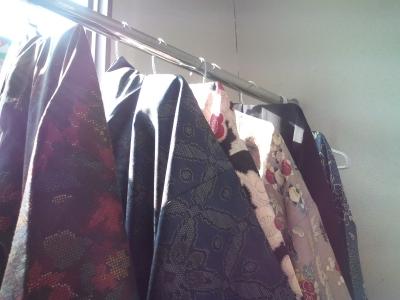 ドライクリーニング直後の着物たち